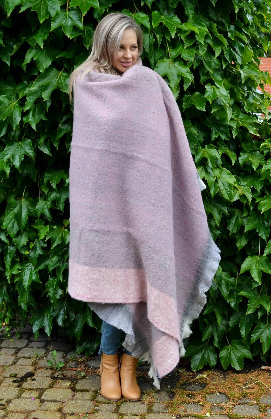 Alpaca Wool Throw Rug - Pure Alpaca Wool Throw Rug Winter Blanket - Smitten Merino Tasmania Australia