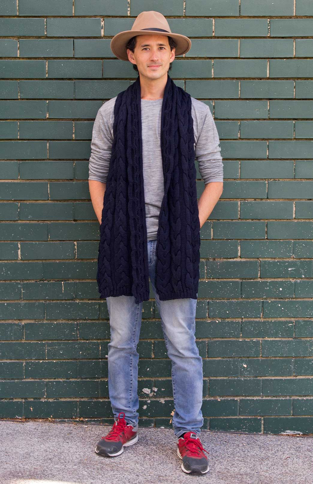 Men's Chunky Knit Cable Scarf - Men's Navy Blue Chunky Merino Wool Knit Scarf with Cable Detailing - Smitten Merino Tasmania Australia