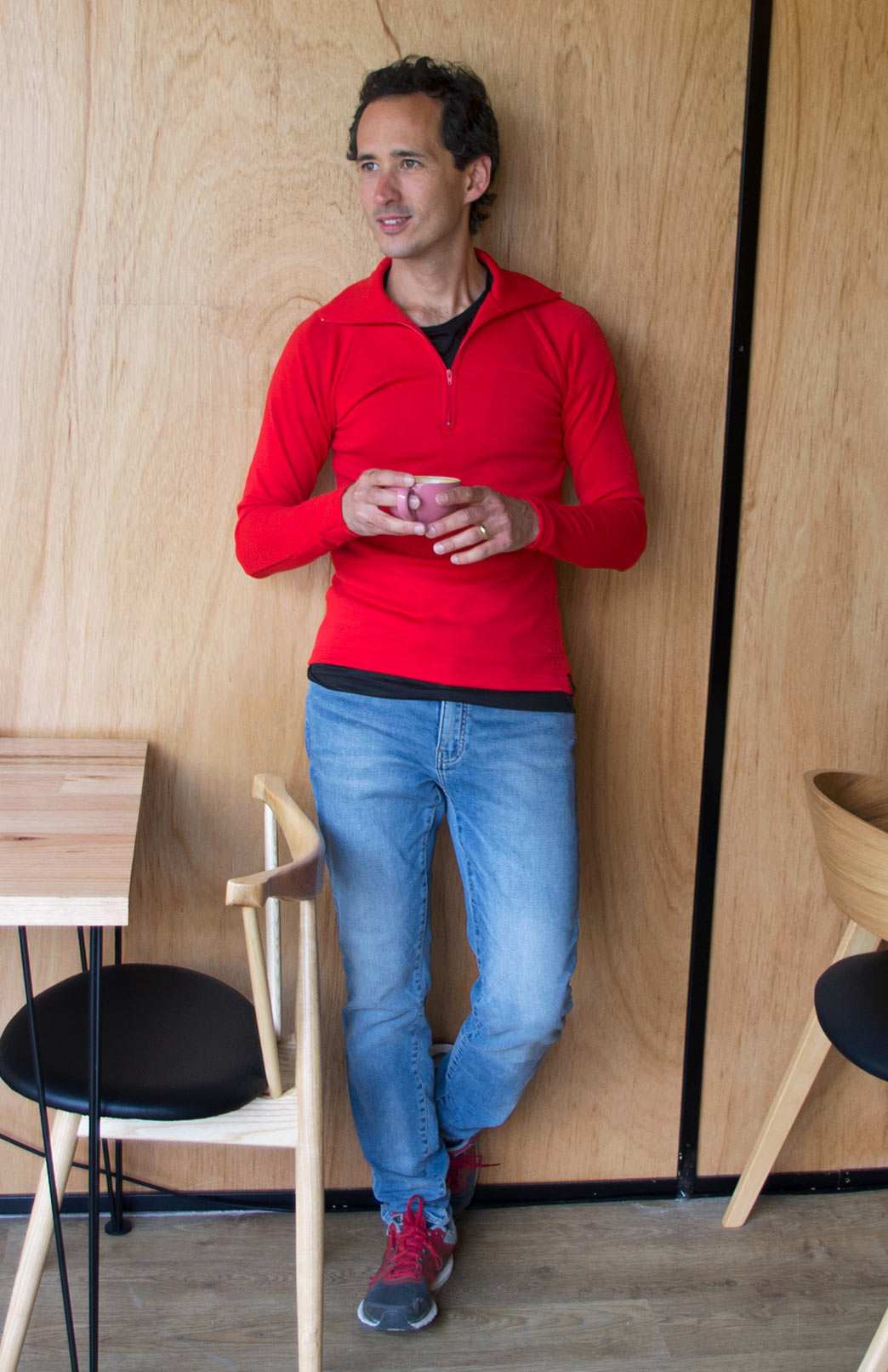 Zip Neck Top - Heavyweight (~360g) - Men's Pure Merino Wool Heavyweight Red Zip Neck Pull-Over Top with Thumb Holes for Bush Walking and Outdoor Sports - Smitten Merino Tasmania Australia