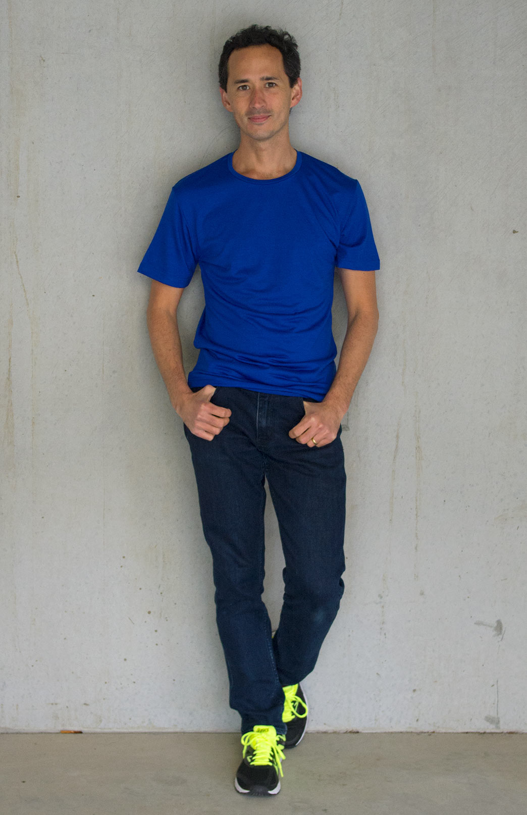Short Sleeved Crew Neck Top - Lightweight (~170g) - Men's Electric Blue Pure Merino Wool Lightweight Short Sleeved Thermal Top with Crew Neckline - Smitten Merino Tasmania Australia