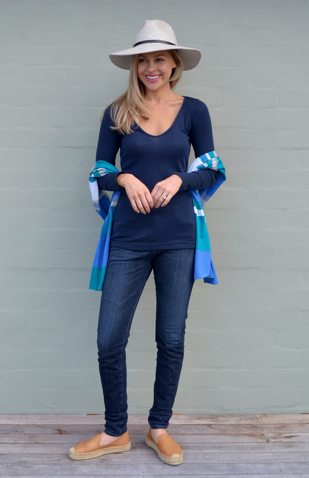 V-Neck Top (Rib) - Women's Ink Blue Long Sleeved V-Neck Top - Smitten Merino Tasmania Australia