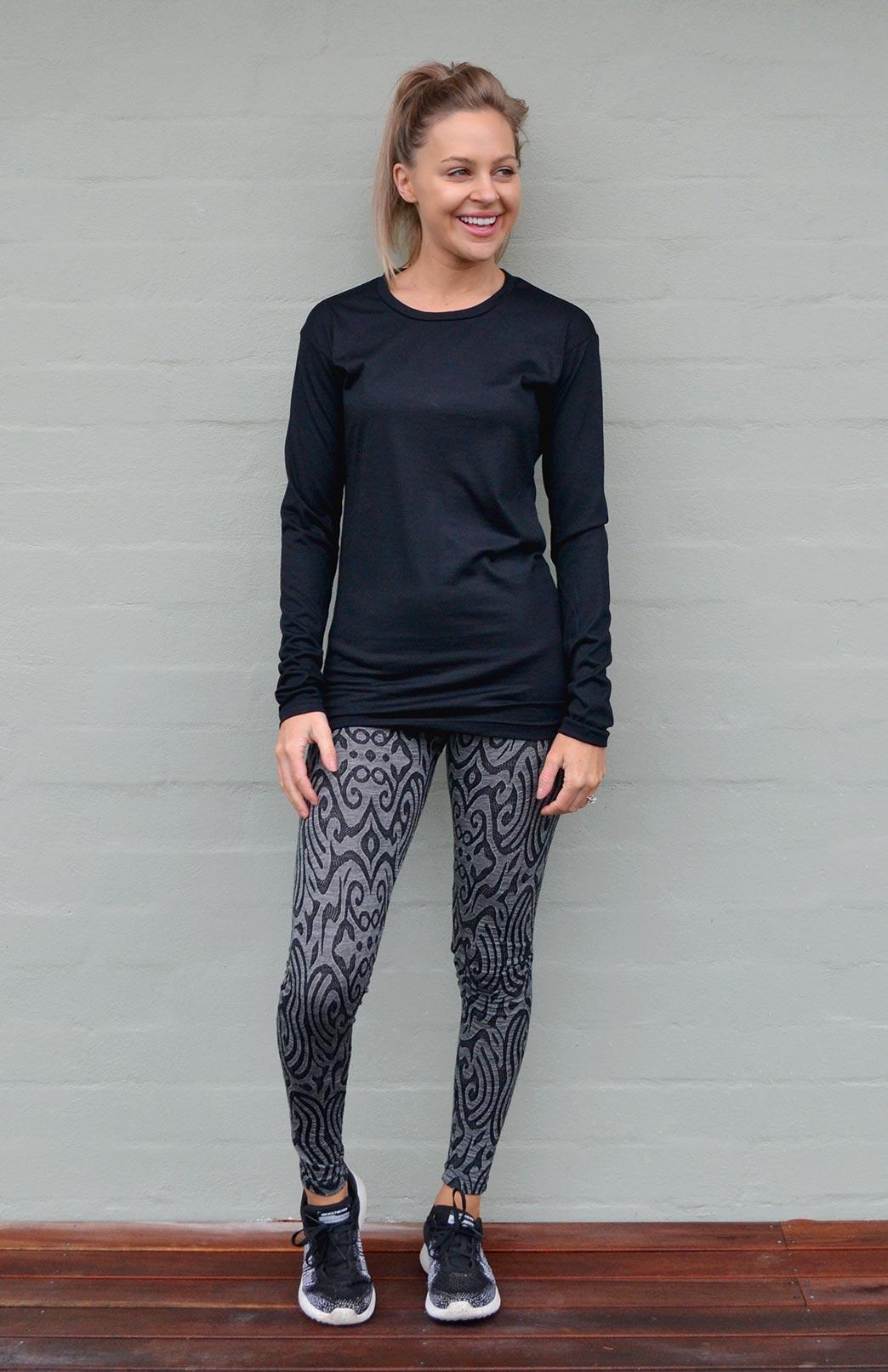 Long Sleeved Crew Neck Top - Midweight (200g) - Women's Black Wool Long Sleeved Crew Neck Pullover Top - Smitten Merino Tasmania Australia