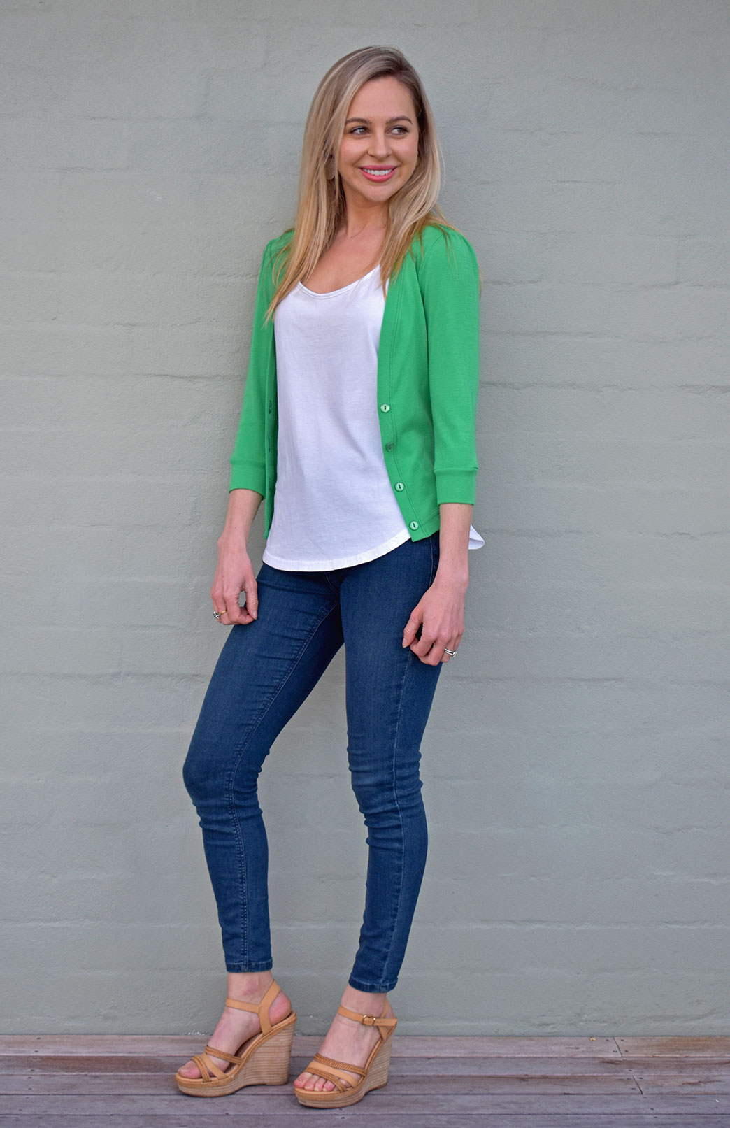 Crop Cardigan - 3/4 Sleeve - Women's Kelly Green Crop Short Cardigan with 3/4 Sleeves and Buttons - Smitten Merino Tasmania Australia