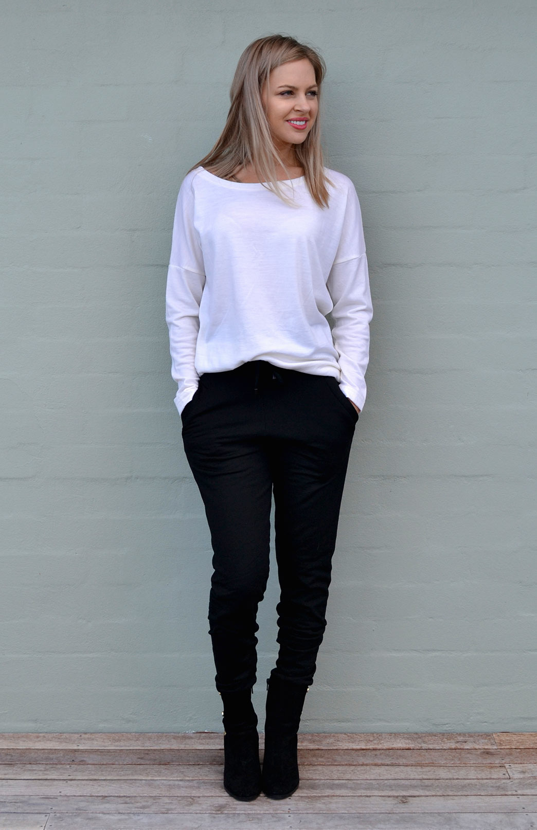 Cruise Top - Women's Ivory Cream Long Sleeved Drop Shoulder Wool Top - Smitten Merino Tasmania Australia