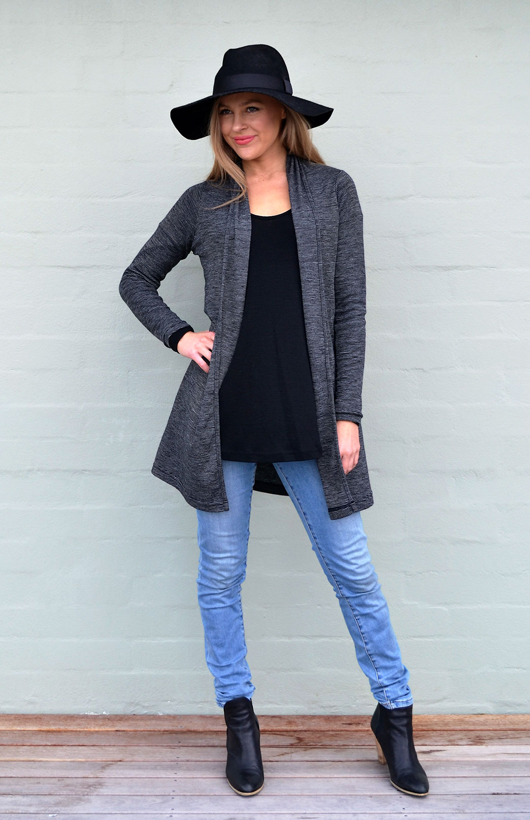 Drape Cardigan in Black