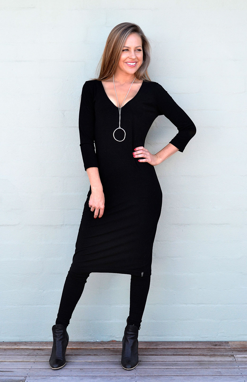 V-Neck Dress - 3/4 Sleeved - Women's Black Merino Wool V-Neck Fitted Dress with 3/4 Sleeves and no fastenings - Smitten Merino Tasmania Australia