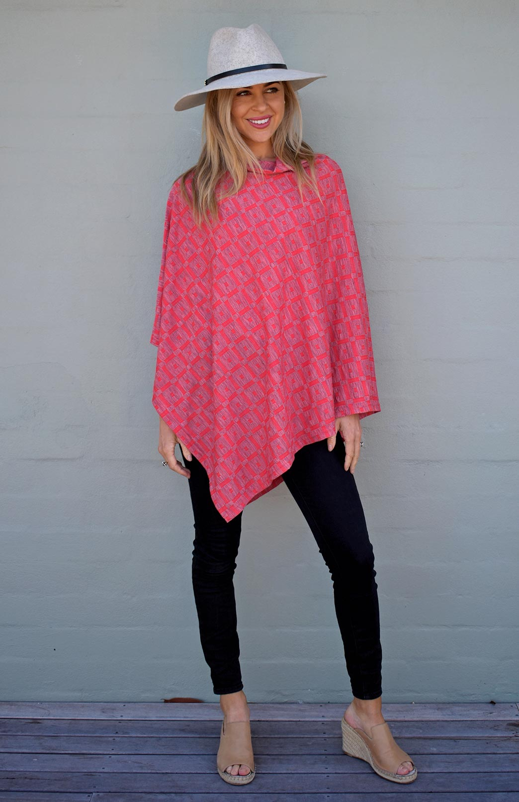 46c22528bf1882 Wool Ponchos for Women | Smitten Merino Tasmania Australia