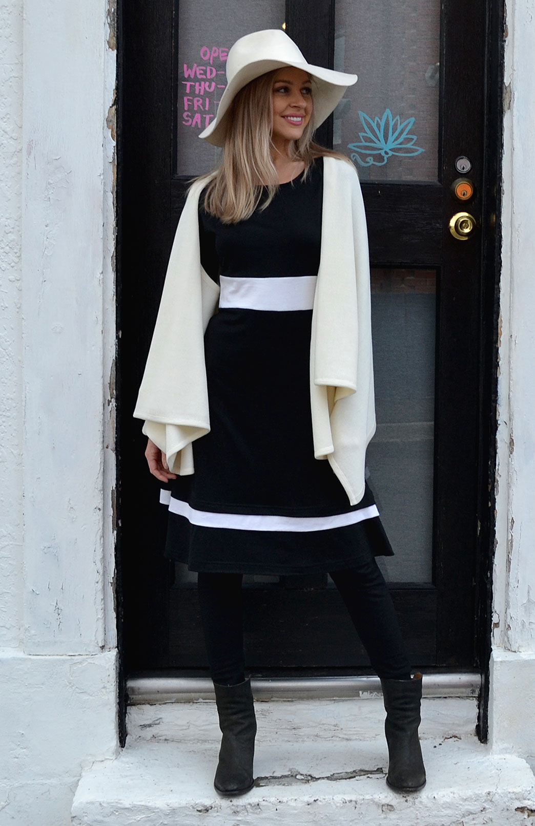 Indi Dress in Black Ivory