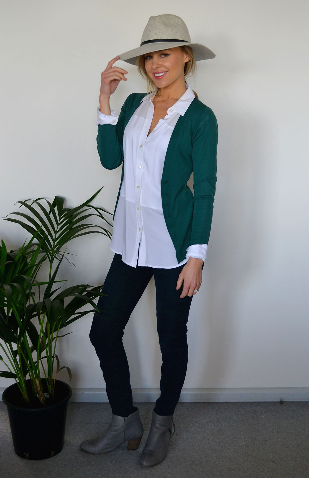 Annie V-Neck Cardigan - Women's Emerald Green Long Sleeve Wool Cardigan with hand-made buttons - Smitten Merino Tasmania Australia