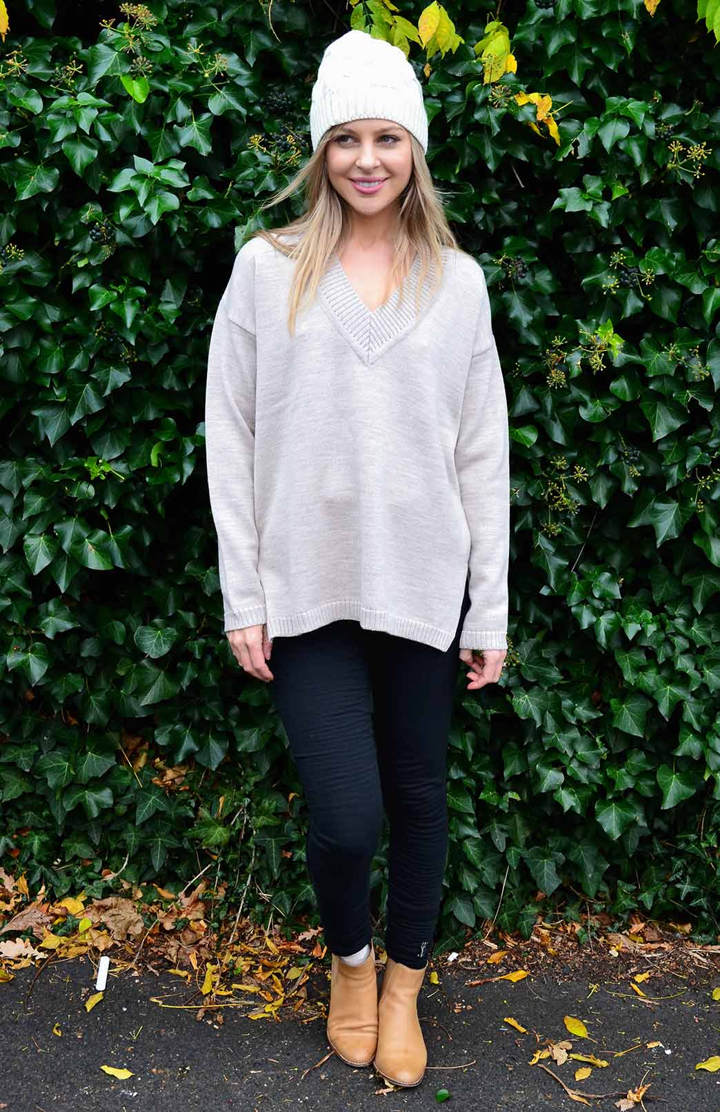 V-Neck Sweater - Women's Oatmeal V-Neck Chunky Knit Merino Wool Sweater with side splits - Smitten Merino Tasmania Australia