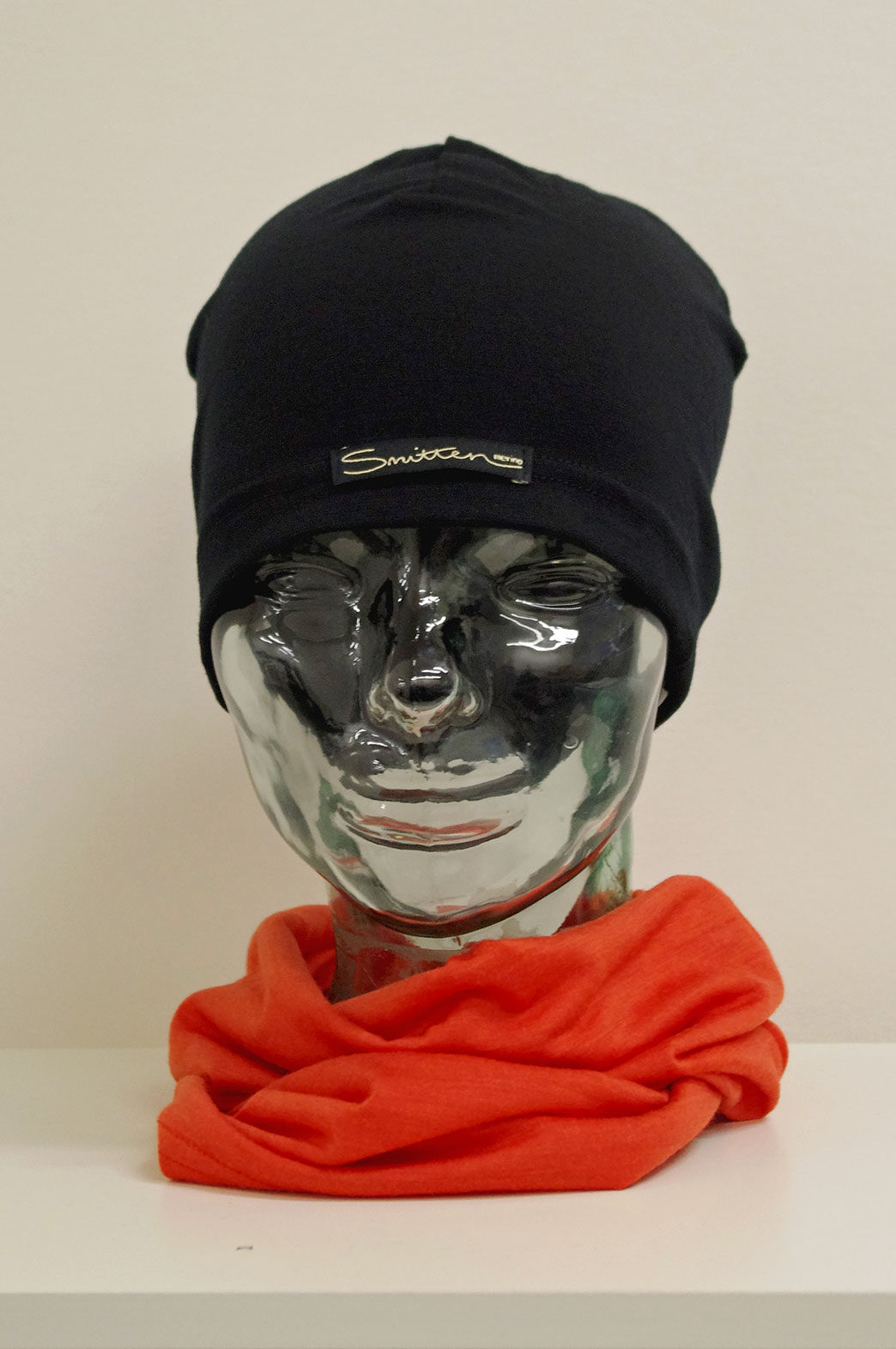 Beanie - Lightweight Skull Cap - Unisex Black Lightweight Merino Wool Skull Cap Beanie - Smitten Merino Tasmania Australia