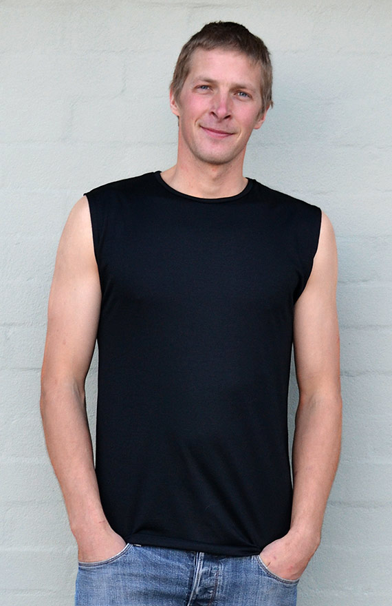 Sleeveless Crew Neck Top - Men's Black Merino Wool Sleeveless Crew Neck Top - Smitten Merino Tasmania Australia