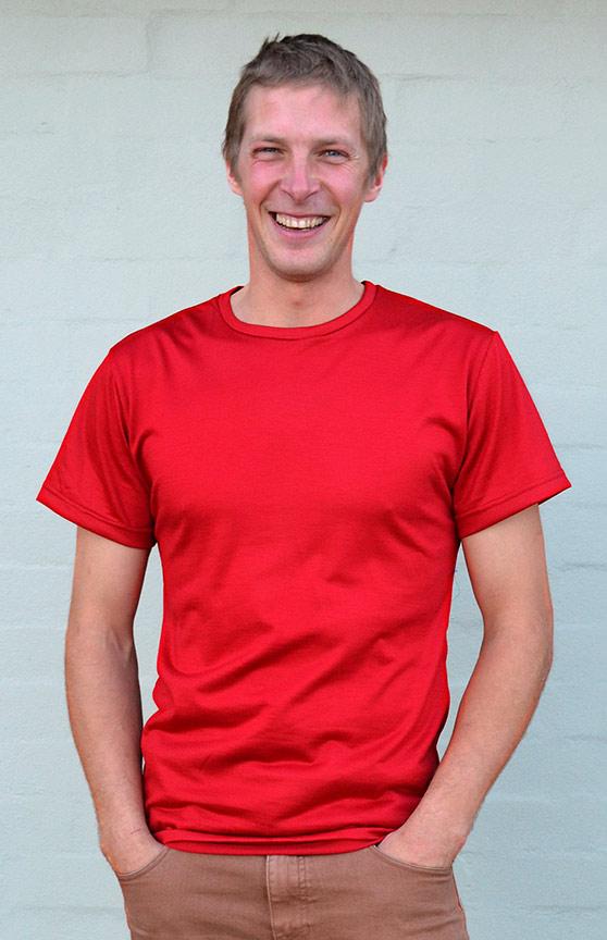 Short Sleeved Crew Neck Top - Lightweight (~170g) - Men's Flame Red Pure Merino Wool Lightweight Short Sleeved Thermal Top with Crew Neckline - Smitten Merino Tasmania Australia