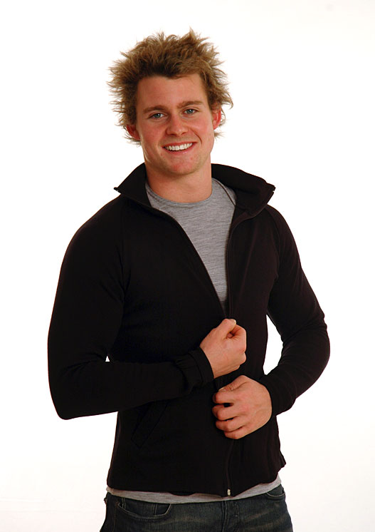Zip Jacket - Heavyweight (~360g) - Men's Black Heavyweight Merino Wool Zip Jacket with Thumb Holes and Side Pockets for Bush Walking and Camping - Smitten Merino Tasmania Australia