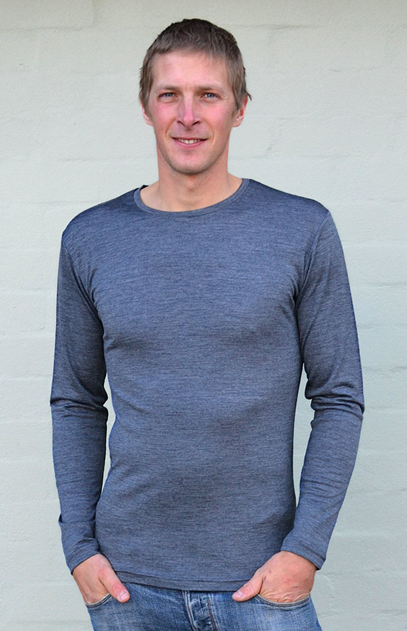 Mens Crew Neck Top - Long Sleeve - 240g - Smitten Merino Tasmania Australia