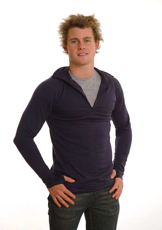 Zip Neck Top - Mid-weight (~200g) - Men's Black Mid-weight Merino Wool Thermal Top with Zip Neck and Thumb Holes for Kayaking and Bush Walking - Smitten Merino Tasmania Australia