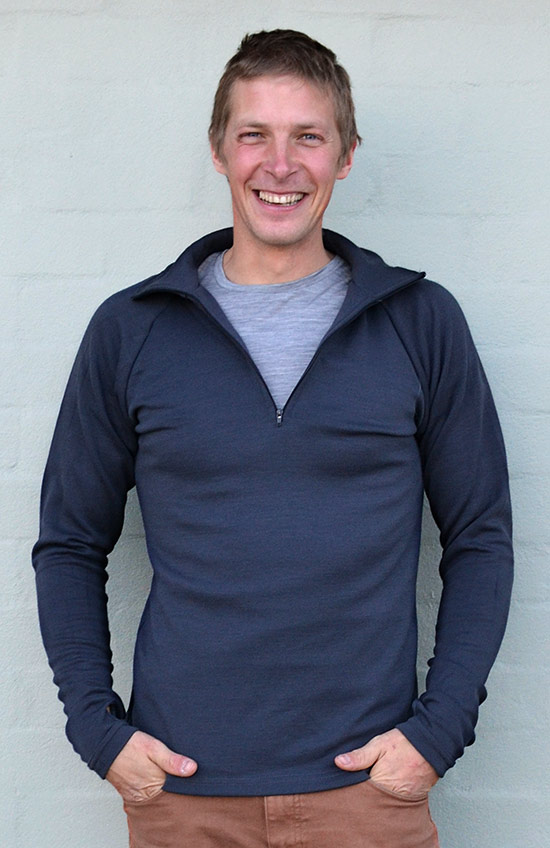 Zip Neck Top - Heavyweight (~360g) - Men's Pure Merino Wool Heavyweight Steel Grey Zip Neck Pull-Over Top with Thumb Holes for Bush Walking and Outdoor Sports - Smitten Merino Tasmania Australia