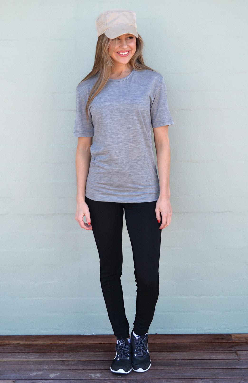 Women's Crew Neck T-Shirt - 170g - Smitten Merino Tasmania Australia
