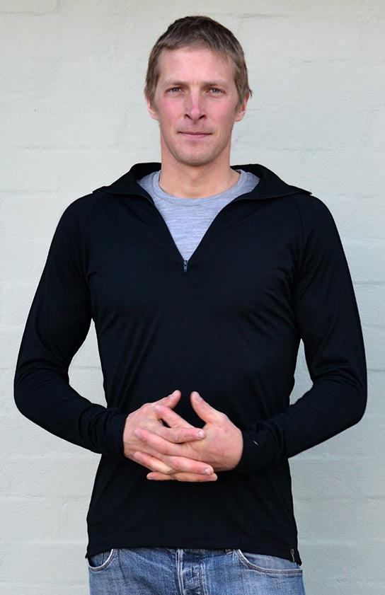 Zip Neck Top - 170g - Men's Black Pure Merino Wool Zip Neck Pull Over Top with Thumb Holes - Smitten Merino Tasmania Australia